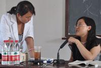 黄洁洵老师为学员答疑